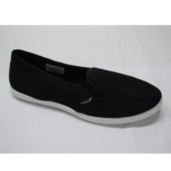 Crissa Steps Slip-on shoes (Black)