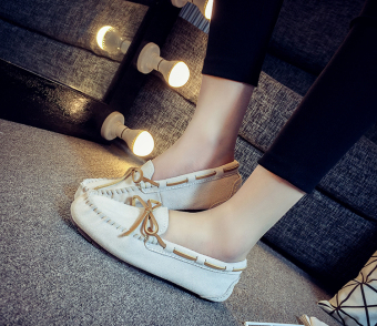Leather female flat Plus-sized comfortable casual shoes peas shoes (White sand color)