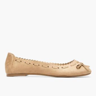 Solemate Teen Girls Penelope Ballet Flats (Beige)