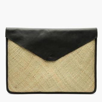 Crafts for a Cause by Kultura Tikog Laptop Case (Black)