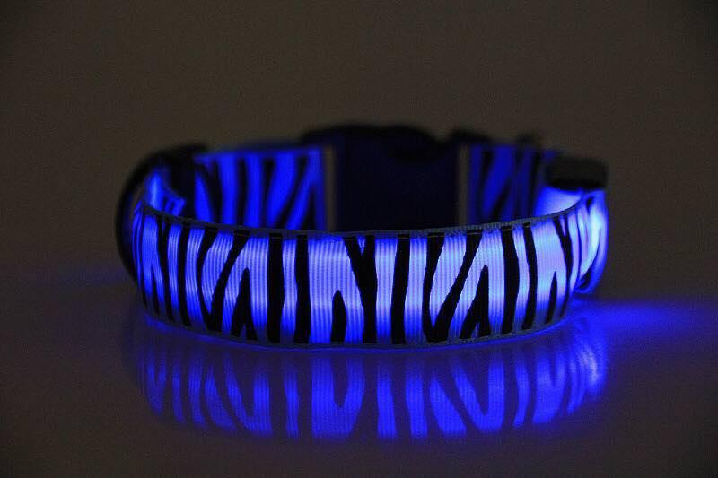 Dog Adjustable Led Light Collar (medium) 32 To 47cm By Smooch Pooch Discount Center.