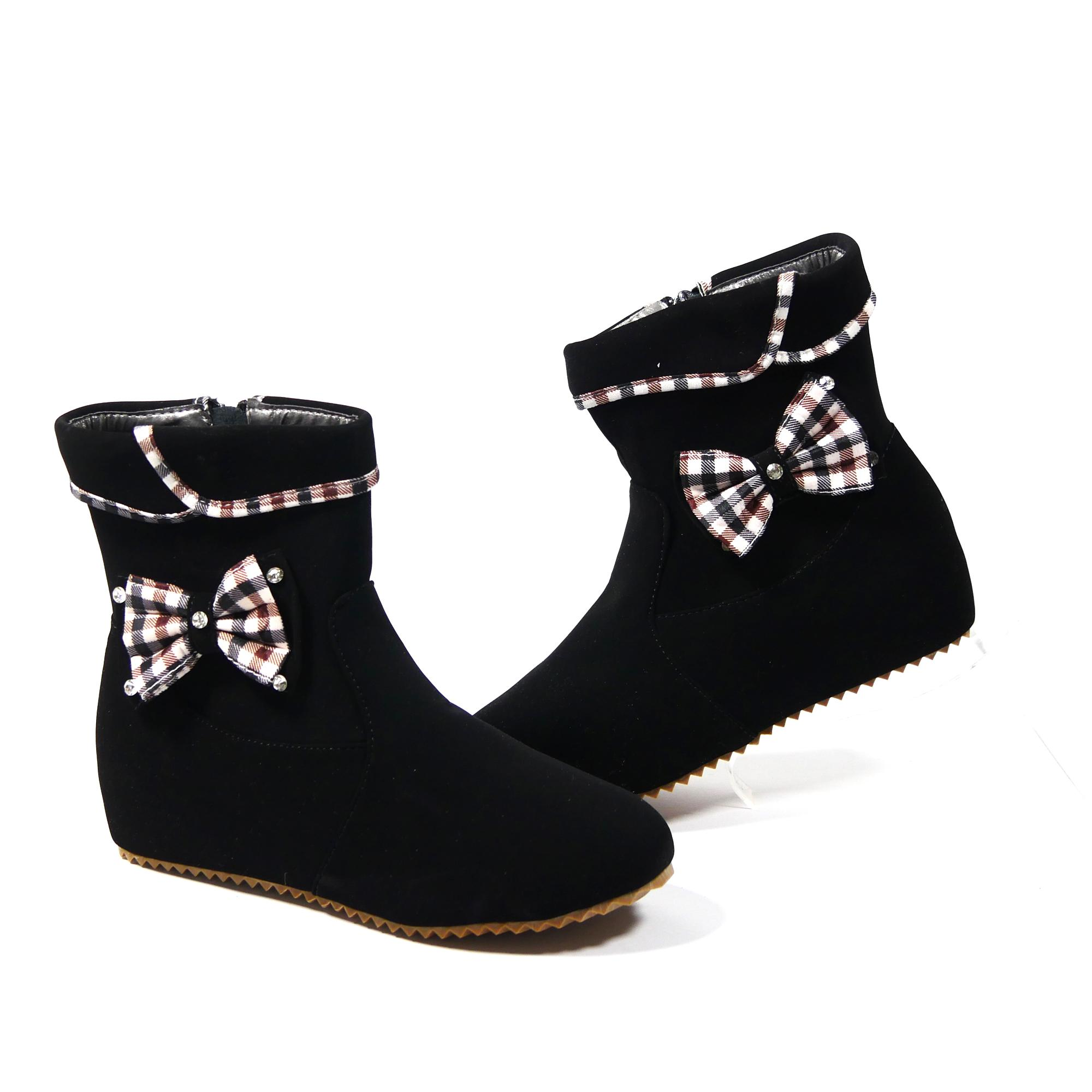 b5b5fc68d48d6 Girls Boots for sale - Boots for Girls online brands