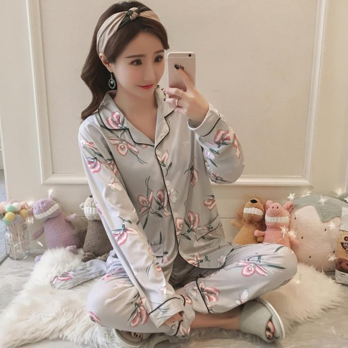 Spring And Autumn Sexy Camisole Chest Pad Three Four-piece Set Pajamas women  Summer Pure 72fbf2c1c