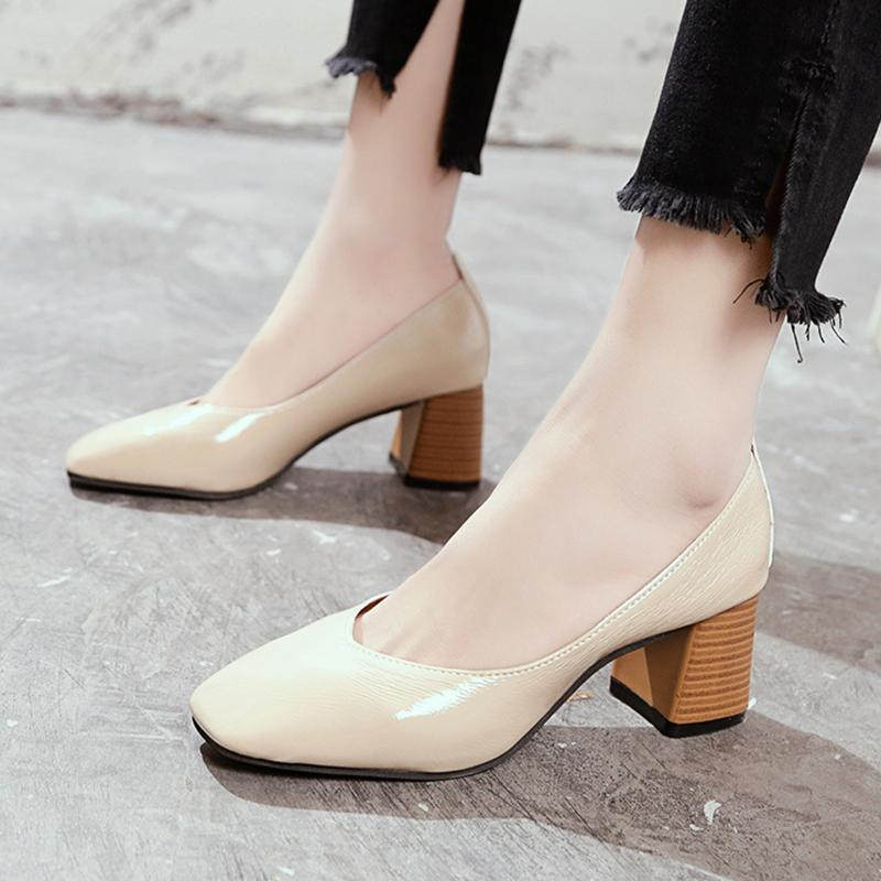 97cfef6f056 Shoes women 2018 Spring New Style Versatile Korean Style Square Head Shoe  Block Heel Shallow Mouth