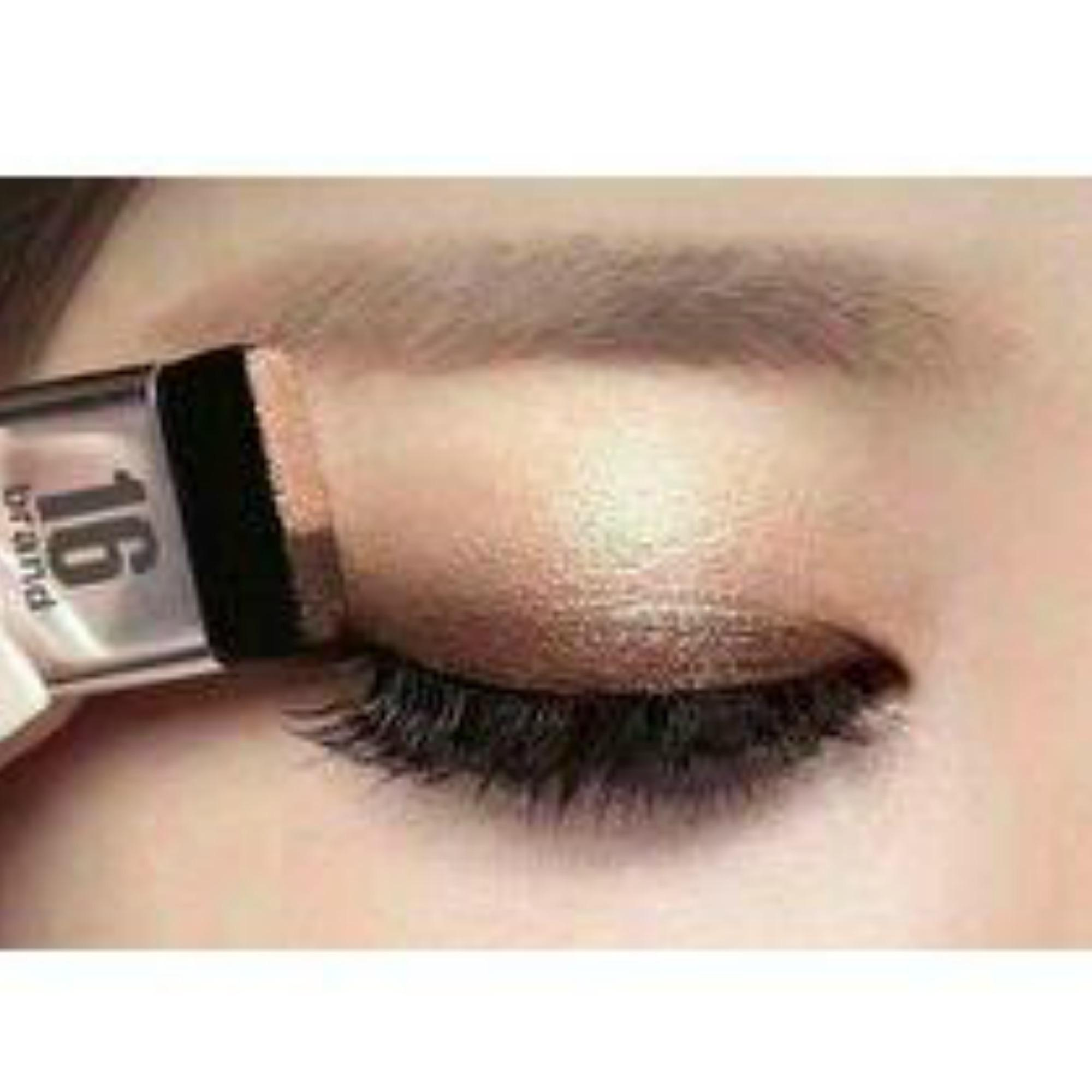 Sixteen Eye Magazine Two Shades Eyeshadow Palette by 16Brand(HELLOW MONDAY) Philippines