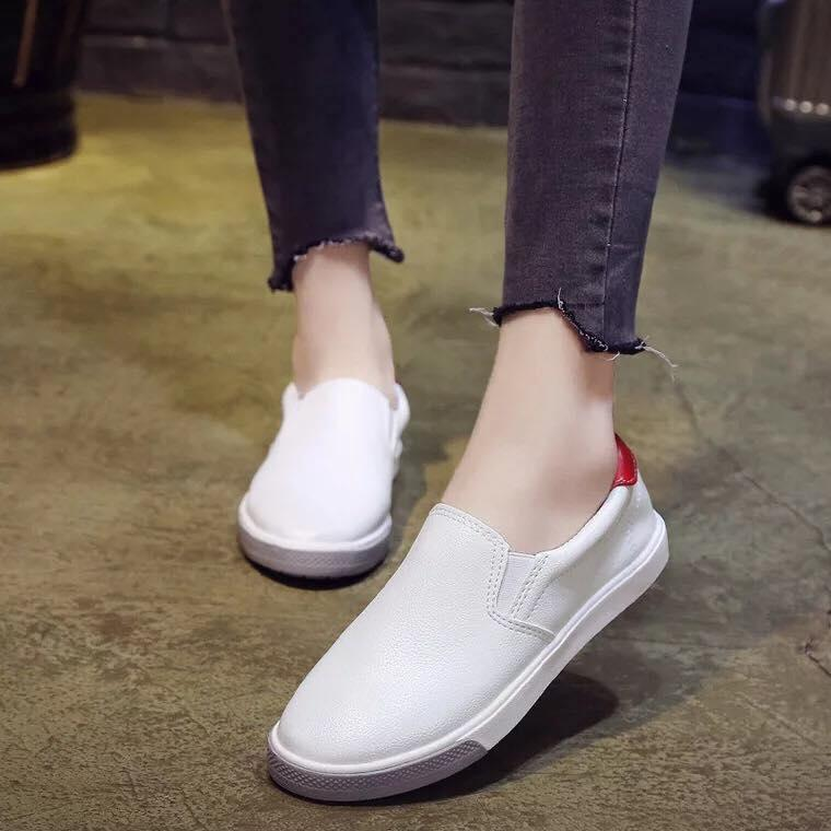 Korean Fashion Leather Round Toe Slip On Sneakers Shoes For Women 44a5c0ed33