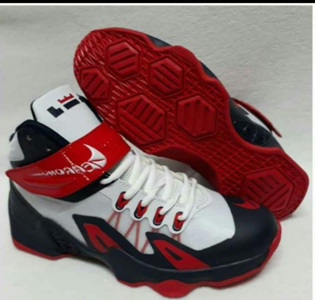 Basketball Shoes for Men for sale - Mens Basketball Shoes online ... 51358575e