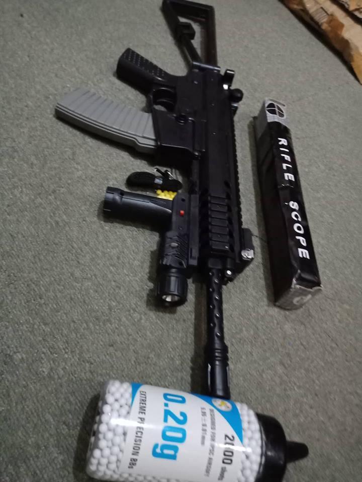 L96 Folding Butt + 2000pcs 6mm Pellets In Speed Reloading Bottle By Tercel General Merchandise.
