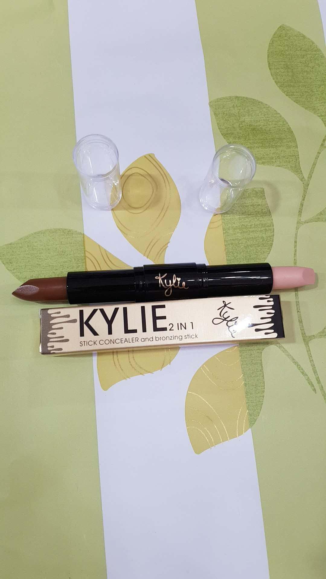 KYLIE- stick concealer and bronzing stick-04 Philippines