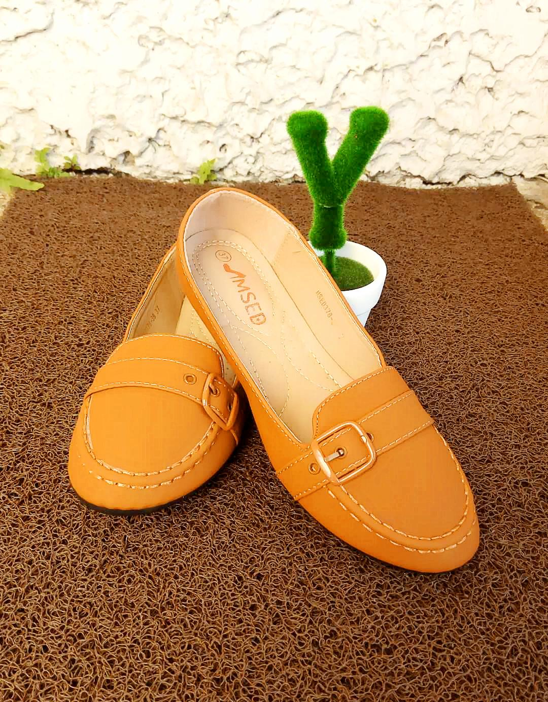 b8e97d408d6b Womens Slip Ons for sale - Flat Slip Ons online brands