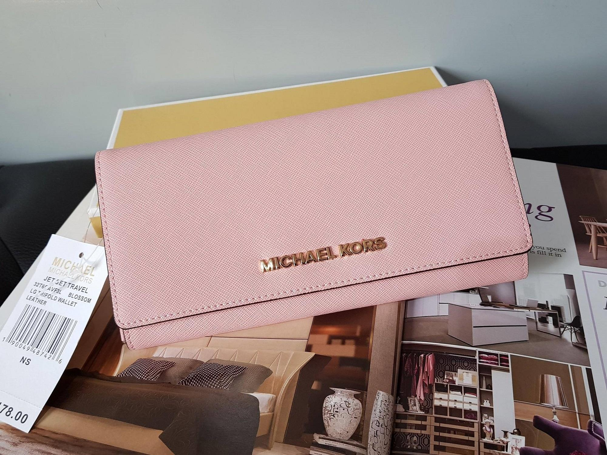 9862dd24f626 Michael Kors - Jet Set Travel Saffiano Leather Continental Wallet - Light  Pink
