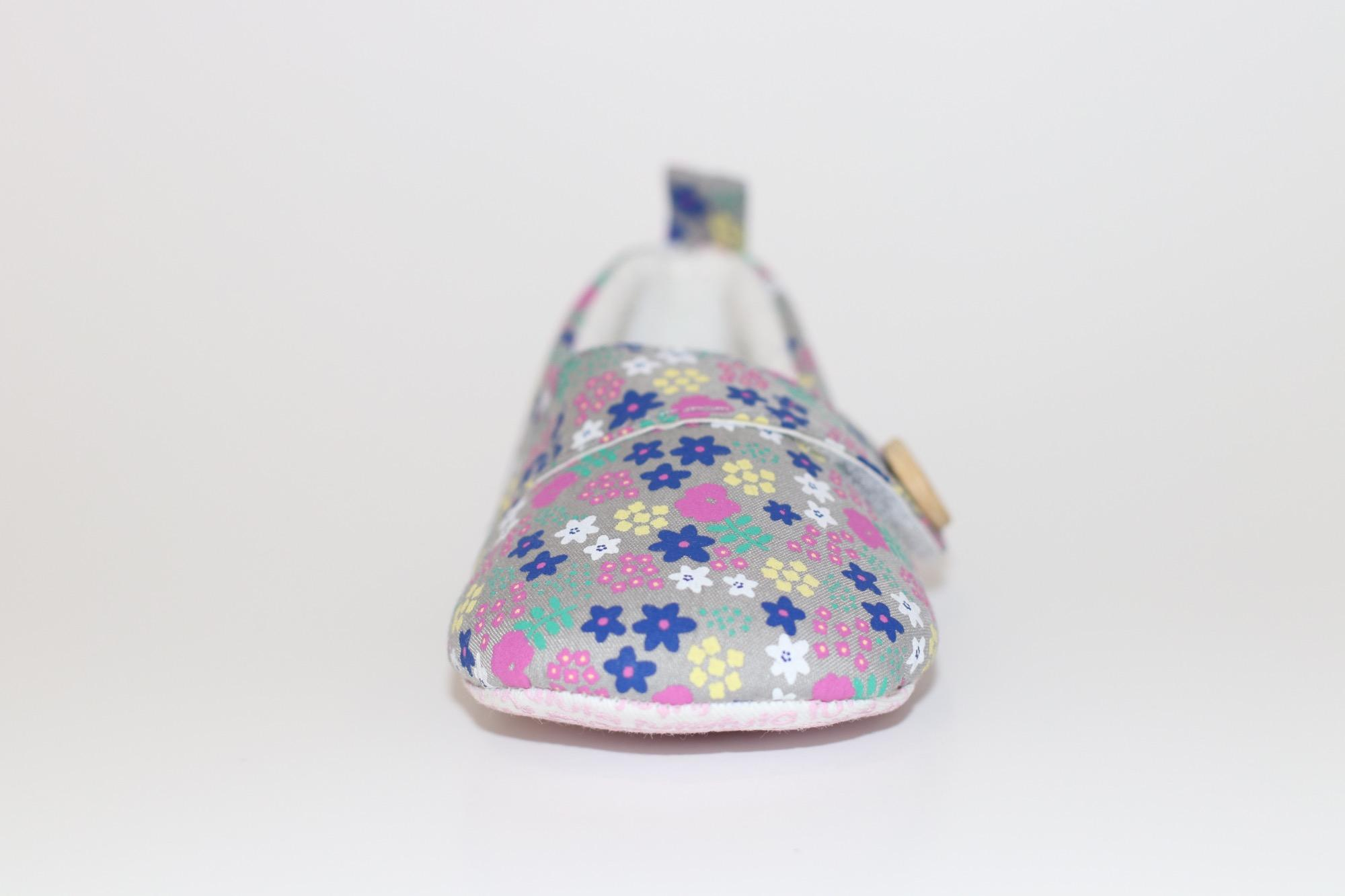 Girls Sandals for sale Sandals for Girls online brands prices
