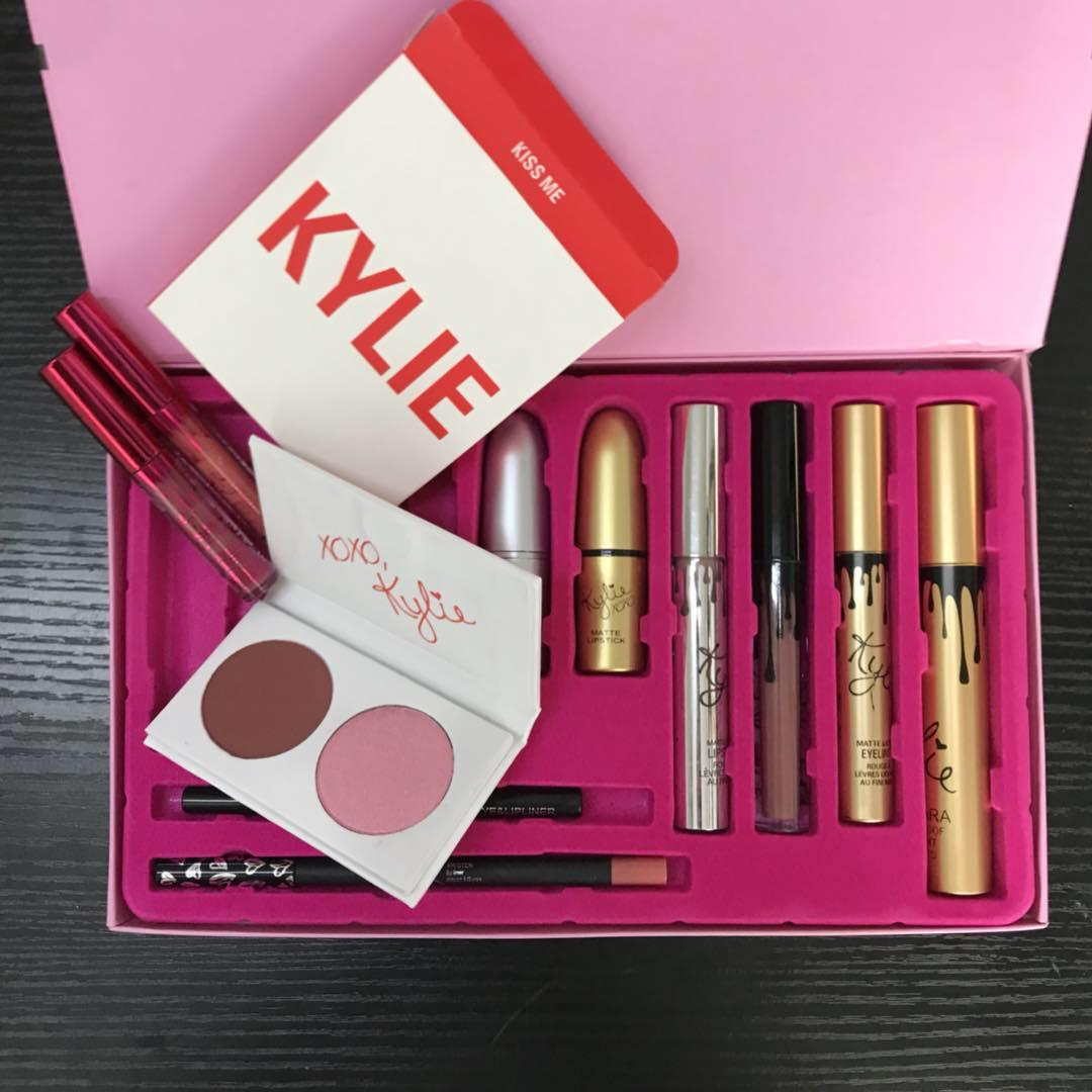 Kylie 9-in-1 Make-up Limited Edition Gift Set Philippines