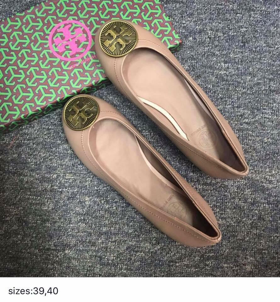 3457462d993 ... reduced tory burch authentic leather flat shoes classic and elegant  style beige f7b74 21233