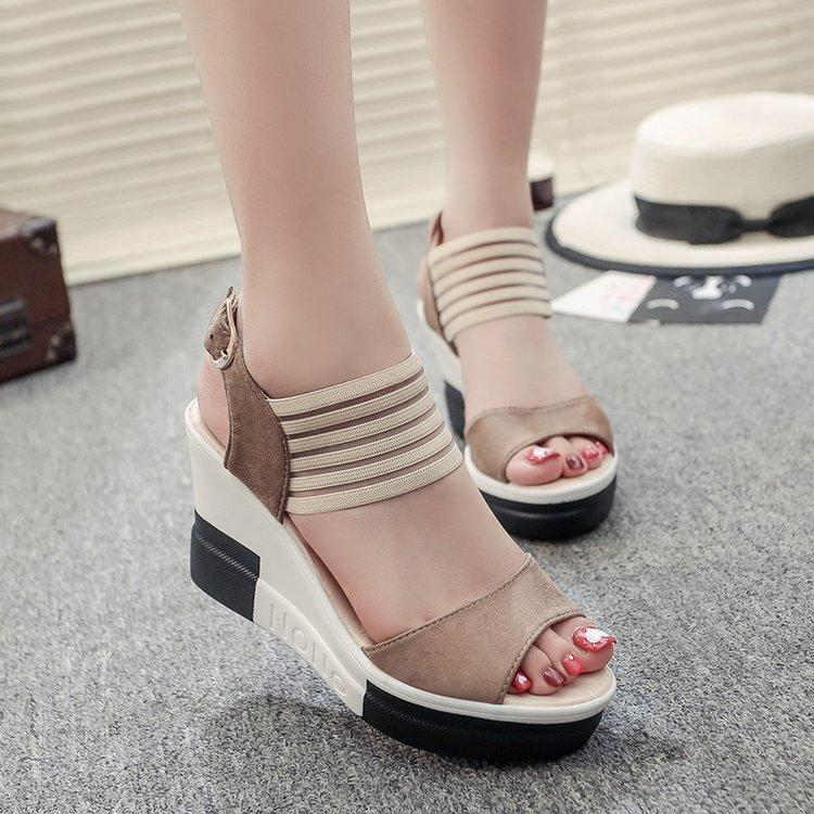e18a4bb01790c Korean Style Fish Mouth Sandals Slimming Mixed Colors Suede Straight-line Buckle  Thick Bottomed Muffin