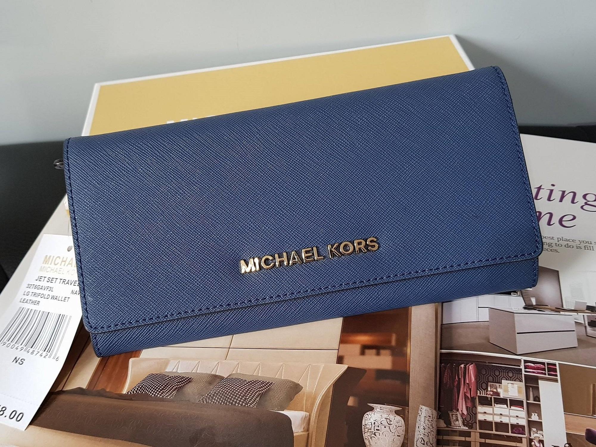 912e6276763a3e Michael Kors - Jet Set Travel Saffiano Leather Continental Wallet - Navy  Blue