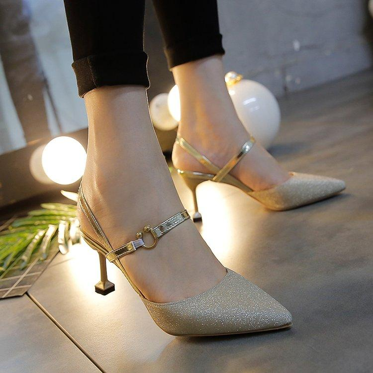 a66232e96a4 Closed-toe Sandals 2018 New Style Straight-line Buckle Hipster High Heel  Shoes women