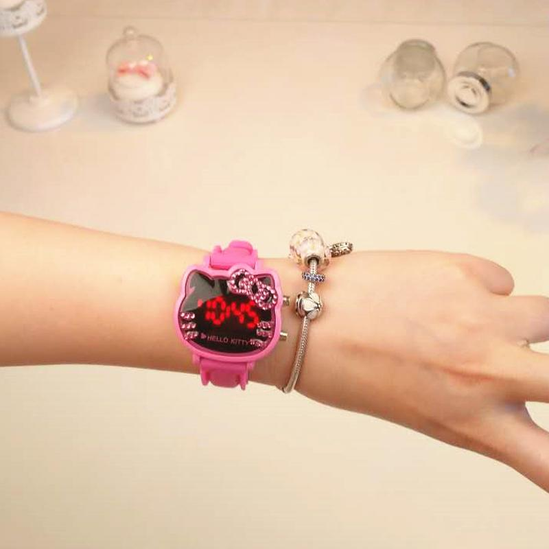Hello Kitty women watch watches 2017 New Style Cartoon Cute Students Man-made Diamond Waterproof