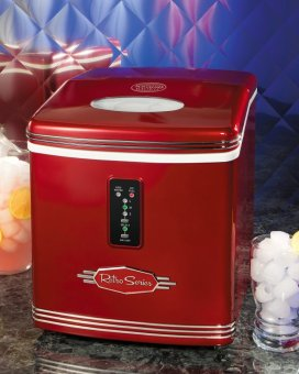 Nostalgia Ice Maker  RIC100