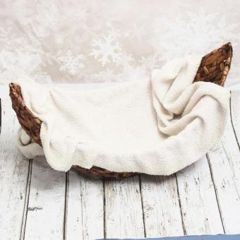 Photography Prop Handmade Crescent Woven Basket Newborn Baby Infant Boat Box New - intl - 2