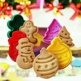 4Pcs Christmas Cookie Biscuit Cutters Set Bread Fondant Cake Mold Baking Tool - intl - picture 2