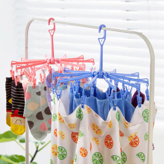Plastic travel portable children's clothes folding hanger