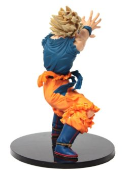 Dragon Ball Z Super Saiyan Goku Action Figure - picture 3