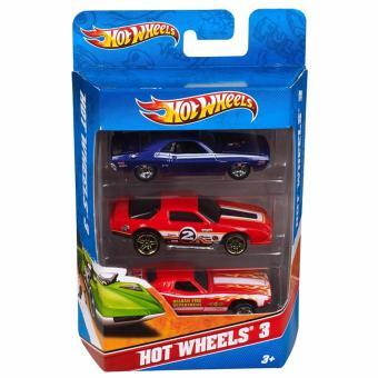 Hot Wheels International 3 Car Pack - Random Assortment