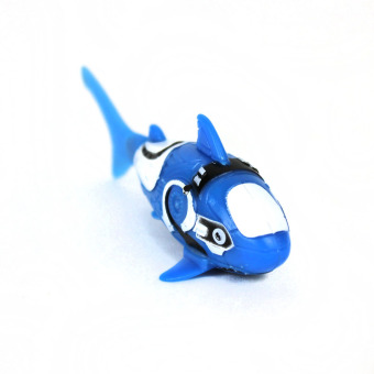 ROBO FISH Shark Electronic Toy - picture 2