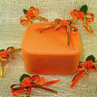 Arella Organic Davene Papaya Kojic Facial & Body Soap - 3