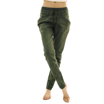 ASTAR Women's Sports Harem Pants (Green)