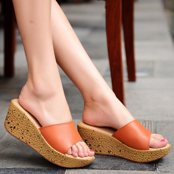 Beach waterproof platform thick bottomed sandals leather female sandals and slippers (Orange)