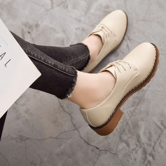 British style leather flat round small shoes Shoes (Beige)