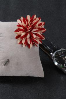 Buytra Men's Boutonniere Lapel Flower Daisy Handmade Stripe Red