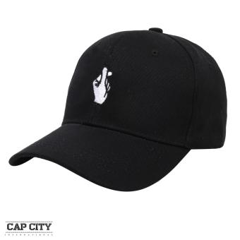Cap City Korean Fashion Love Finger Gesture Embroidery Baseball Cap (Black)