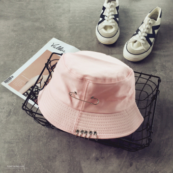 Couple's Korean-style brooch ring fisherman hat bucket hat (Pink)