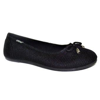 Crissa Steps Divine Ballet Flats (Black)