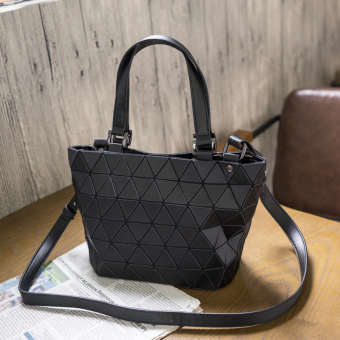 Geometric bao lei radio women's bag New style bag (Black small (Matte)) (Black small (Matte))