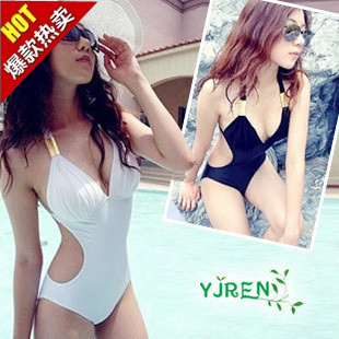 Hot Spring Korean-style black white piece Slimming effect female swimsuit swimming clothes (Black)