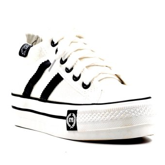 Harga New York Sneakers Lyndsey Shoes (White)