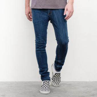 LOYAL Slim 5-Pocket Jeans Price Philippines