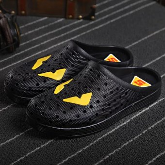 Japanese-style male summer slip porous shoes Baotou slippers (Black)