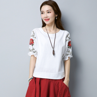 Loose retro cotton linen Plus-sized embroidered flower T-shirt shirt (White) (White)