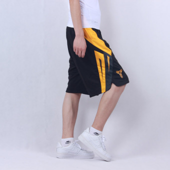 Loose short knee shorts basketball shorts
