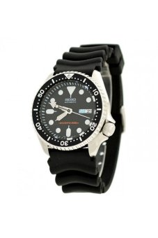 Seiko Men's Black Rubber Strap Watch SKX007K - picture 2