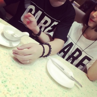 Summer Fashion New Simple Loose All-Match Leisure Couples Dress Black Color T-shirt Short Sleeved - Intl - 4