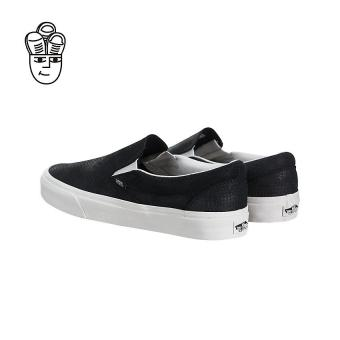 Vans Classic Slip-On Lifestyle Shoes Black / White vn0a38f7os3 -SH - 2