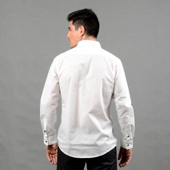 WALLSTREET WBL2525 Fitted Woven Long Sleeve Tuxedo Shirt [White] - 2