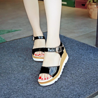 Women's Korean-style Cute Platform Middle Heel Sandal (Black)