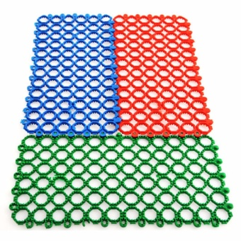 4PCS Mat for Bunny Rabbit Cage, Plastic Hole Design Splice WaterLeak Pet Feet Pad Holder, Make a wire-floored cage comfortable(Green) - intl - 2